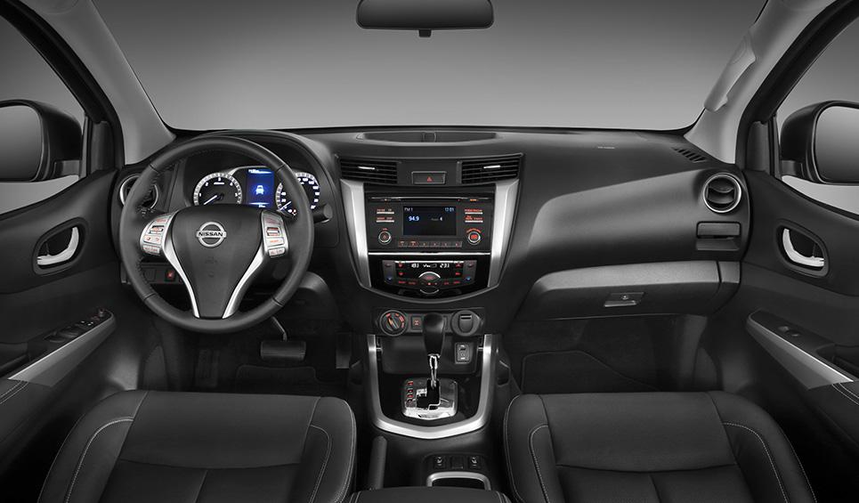 Análisis de la Nissan Frontier NP300, Pasión Sobre Ruedas