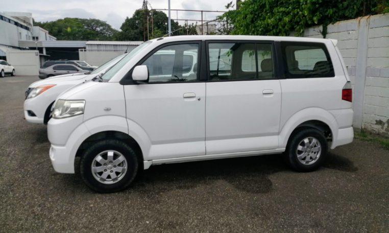 Suzuki APV Pasajeros 2016
